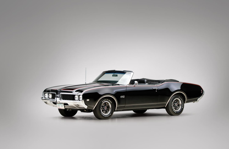 1969 Oldsmobile 442 front 3/4