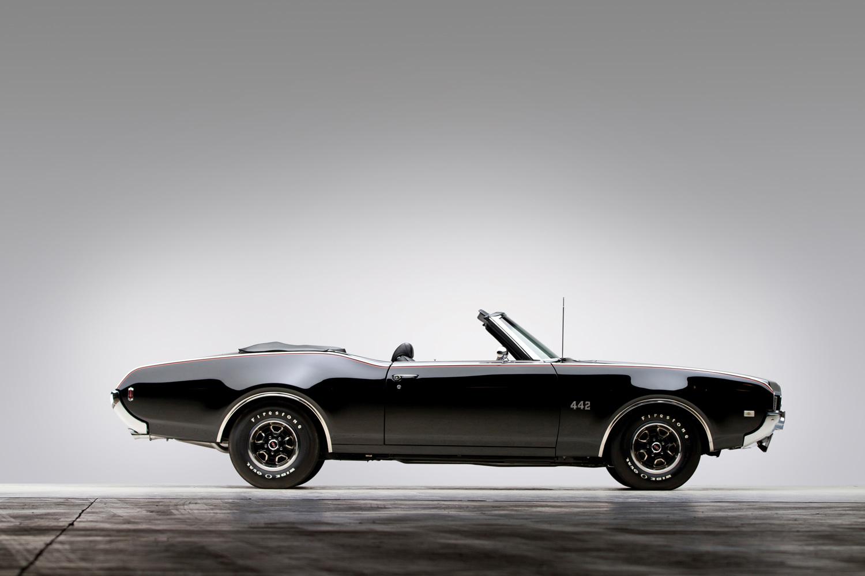 1969 Oldsmobile 442 profile