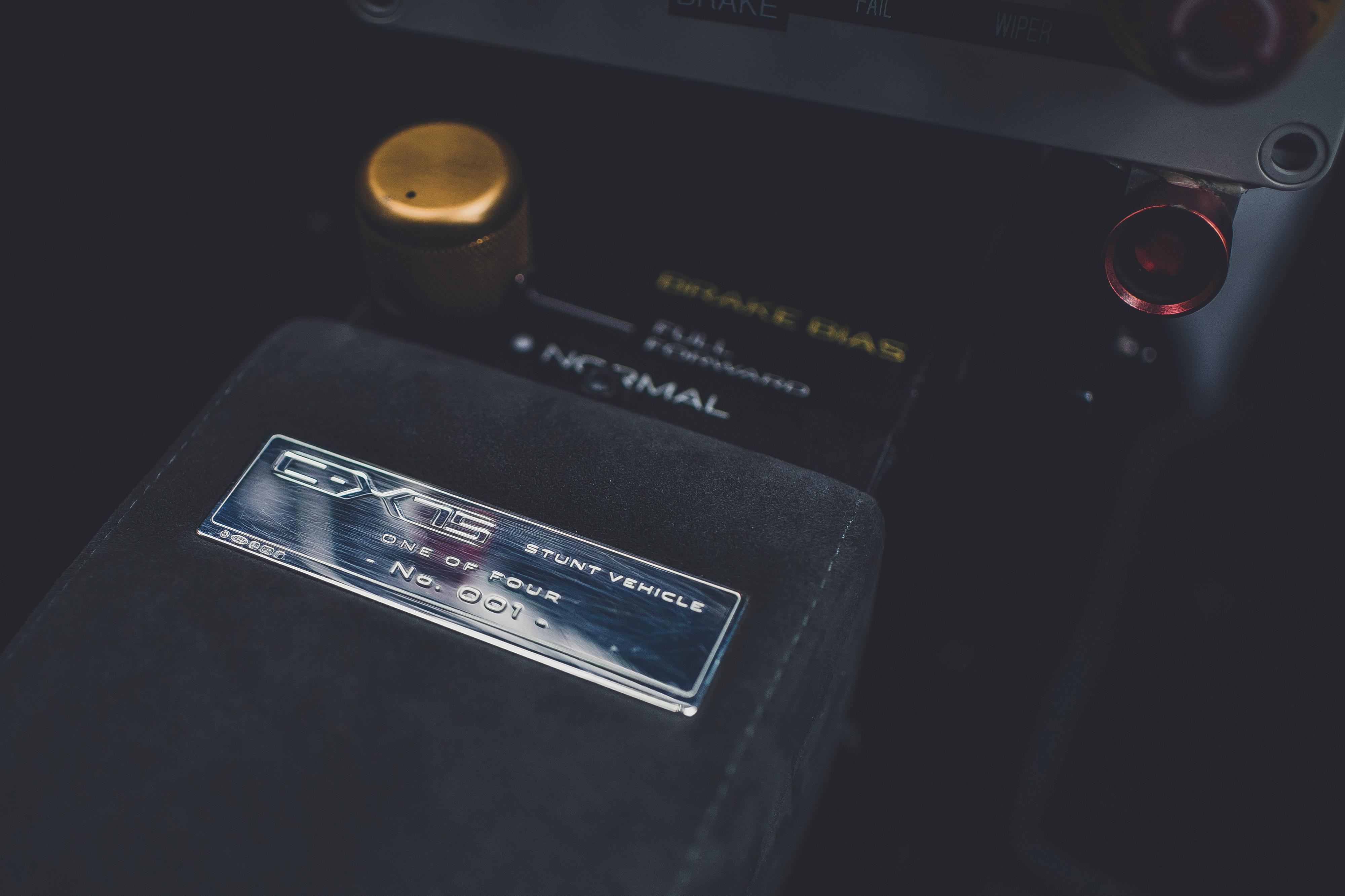 Jaguar CX75 Spectre stunt car james bond