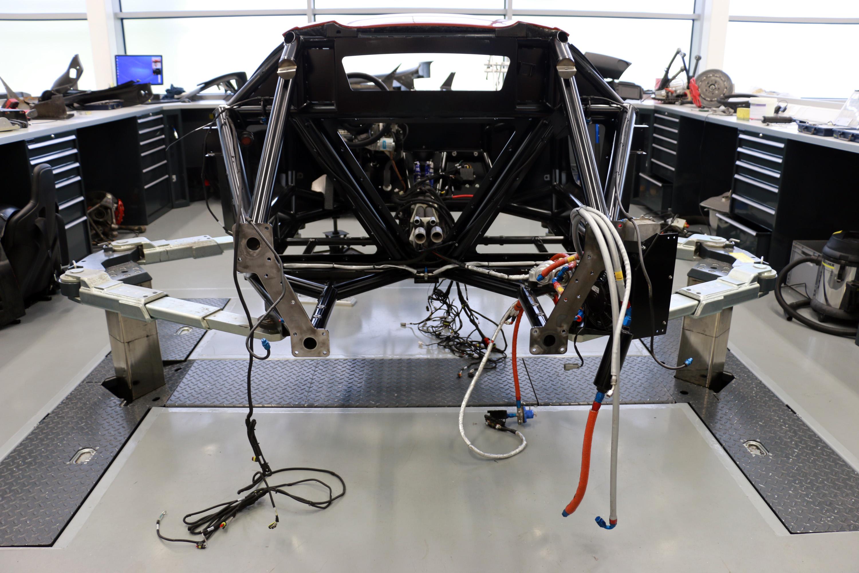 Jaguar CX75 stunt car bond spectre 1