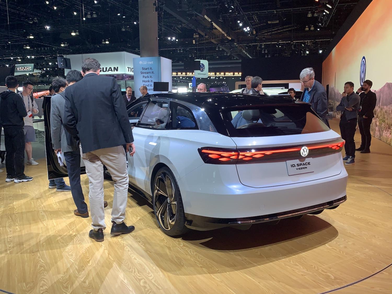 Volkswagen spac vizzion rear three quarter