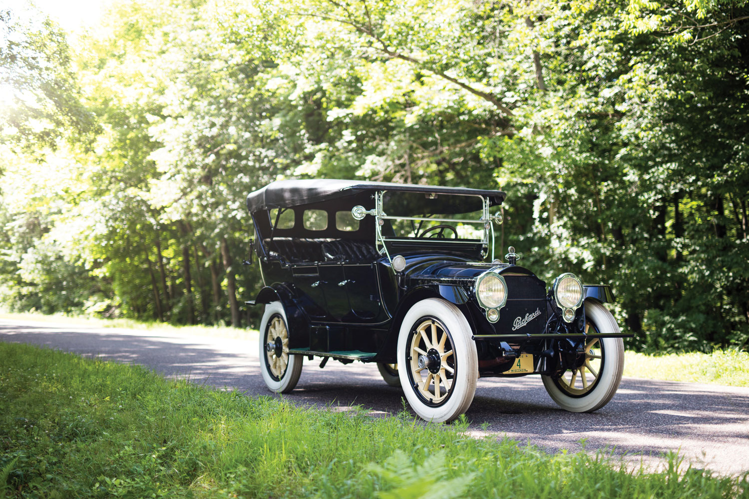 1915 Packard Twin Six Seven-Passenger Touring