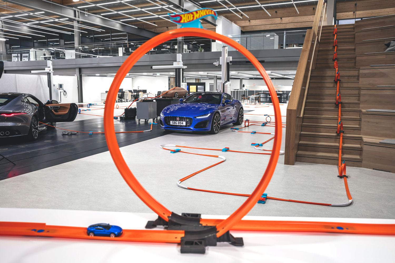 Jaguar F-TYPE Hotwheels
