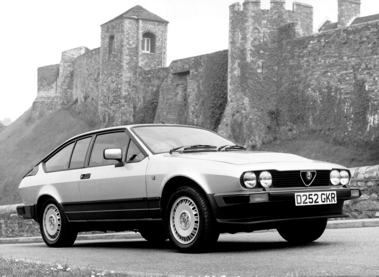 1983 gtv6 front three-quarter black and white