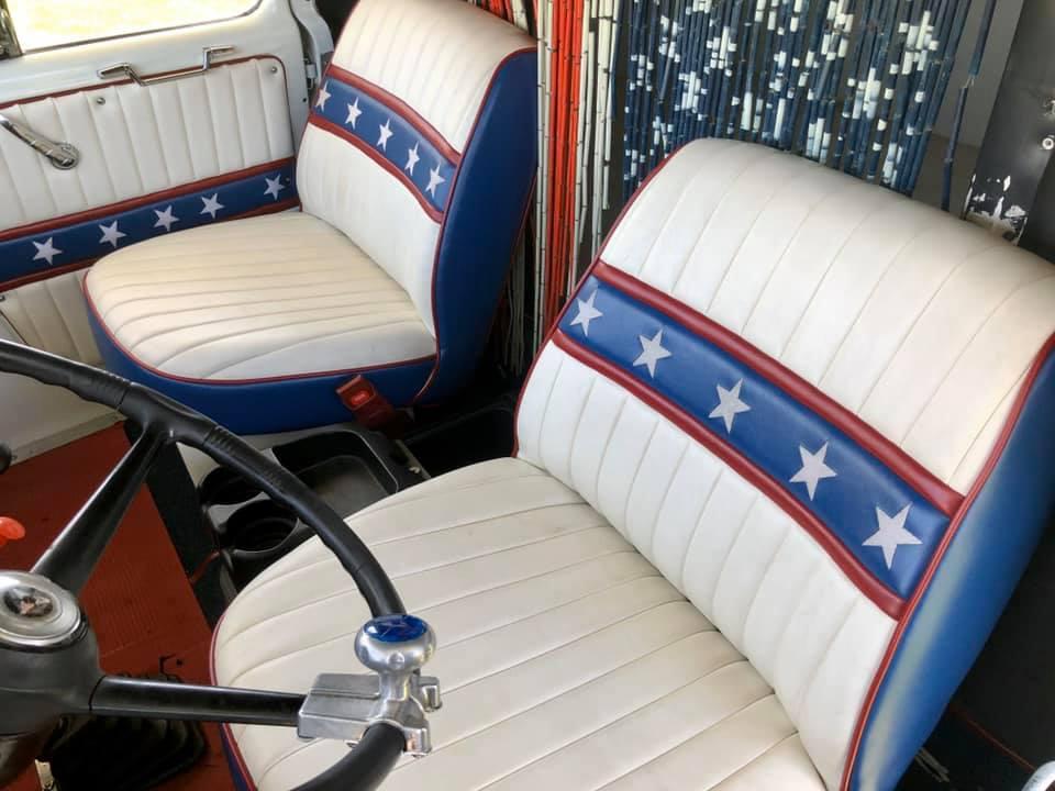 1965 Dodge C500 Hauler seat