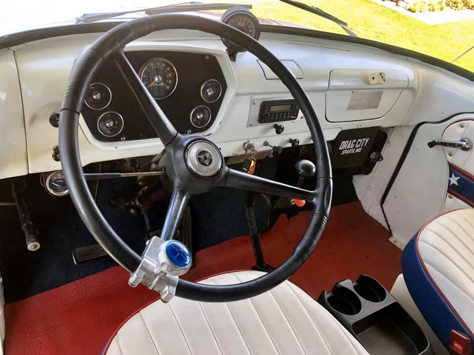 1965 Dodge C500 Hauler interior wheel