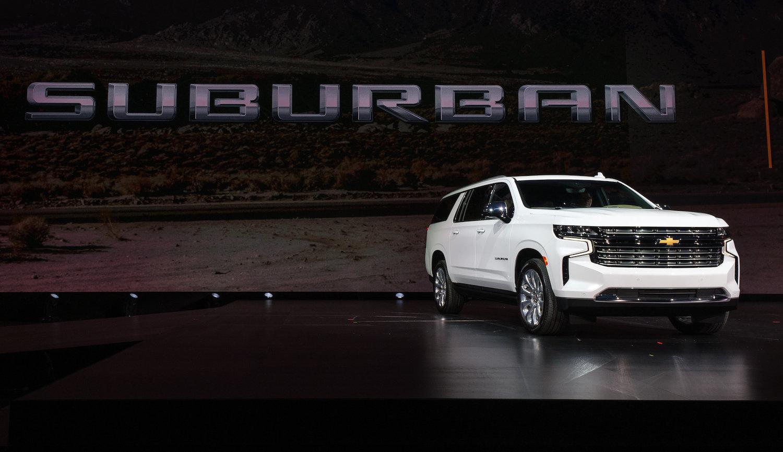 Chevrolet Suburban front three-quarter reveal