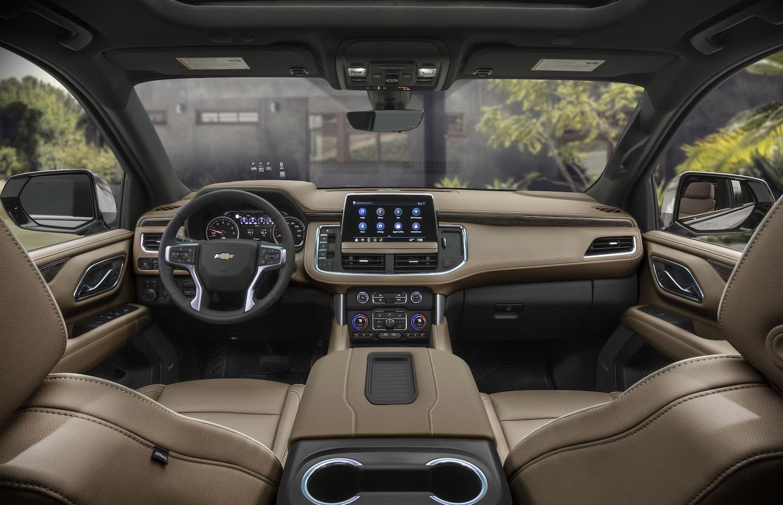Chevrolet Suburban interior front dash