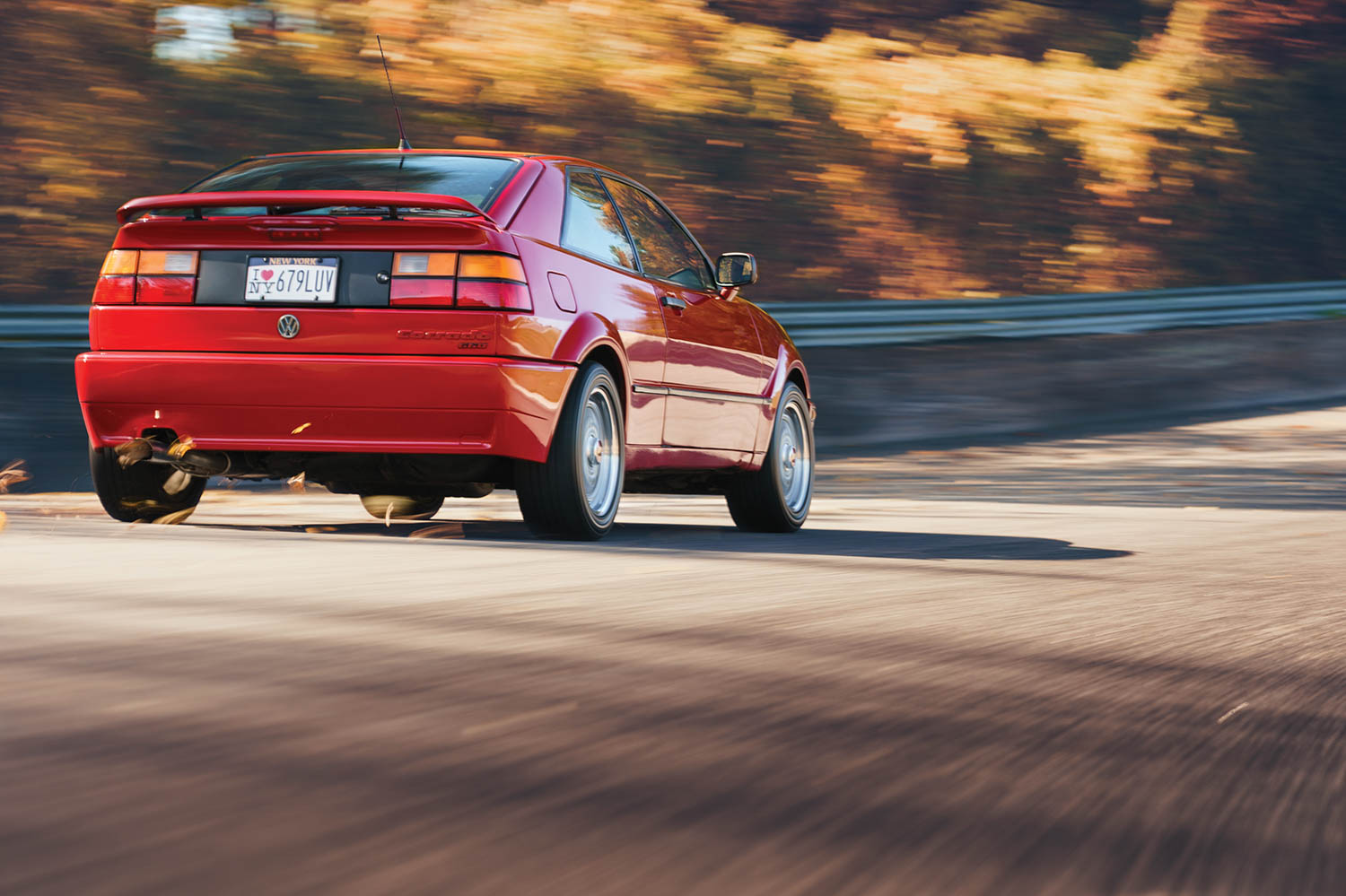 Taller and somewhat stubbier-looking than the contemporary Golf-based VW Scirocco, the Corrado had its own platform.