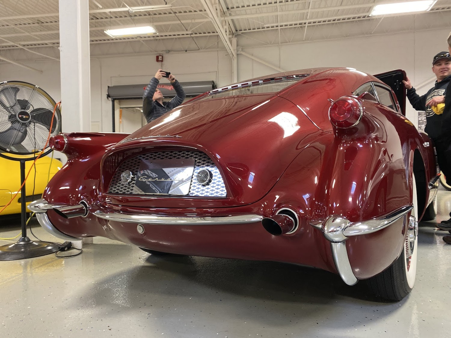 1954 chevrolet motorama rear-end close-up