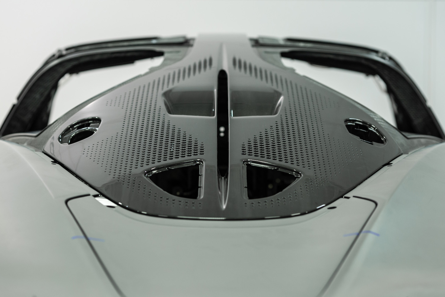 rear aerodynamic details