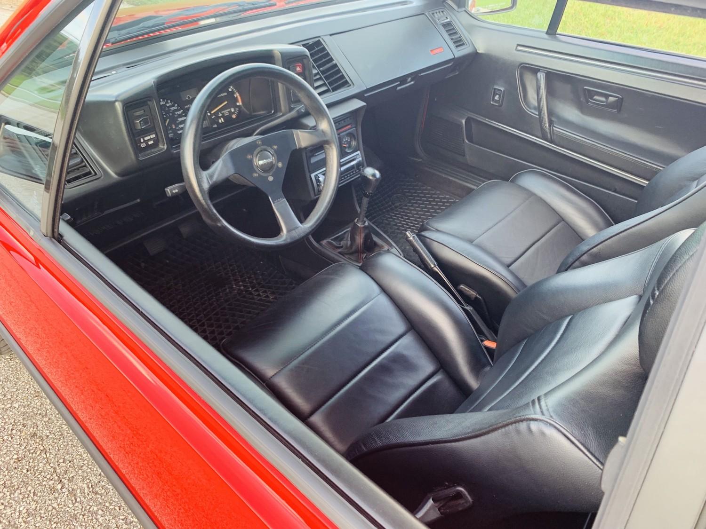 red 1986.5 Volkswagen Scirocco 16V interior