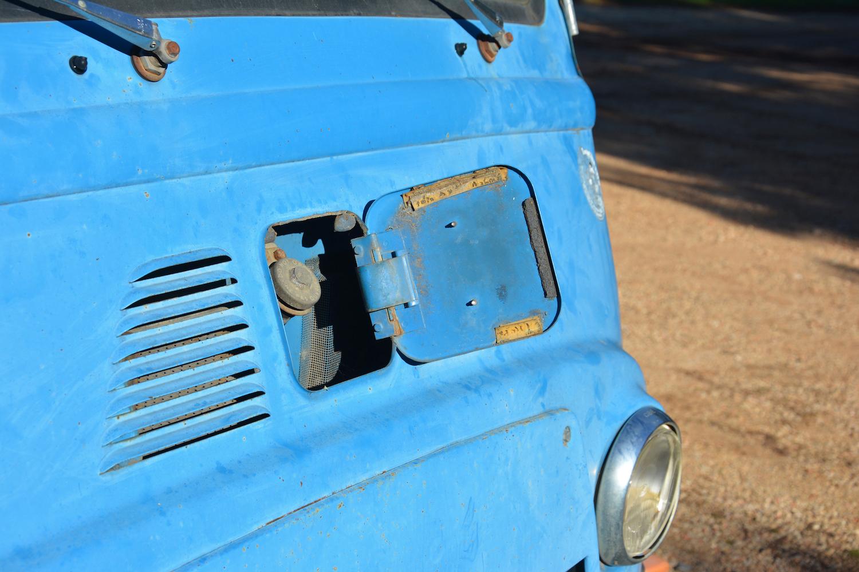 fuel tank door detail