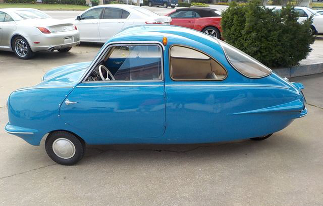 1957 Fuldamobile S-7 Coupe blue side-view