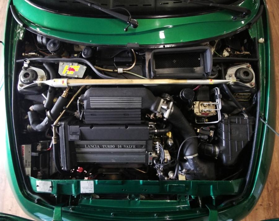 1992 Lancia Hyena Zagato engine