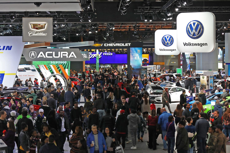 auto vendors at car show