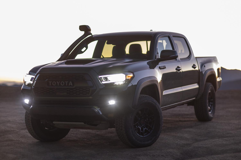 2020 Toyota Tacoma TRD headlights