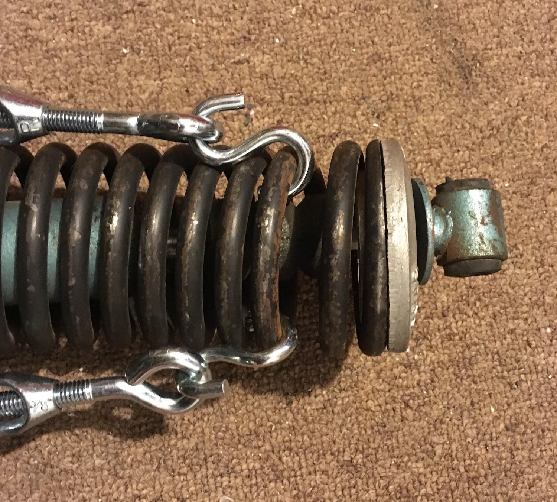 uneven spring compression