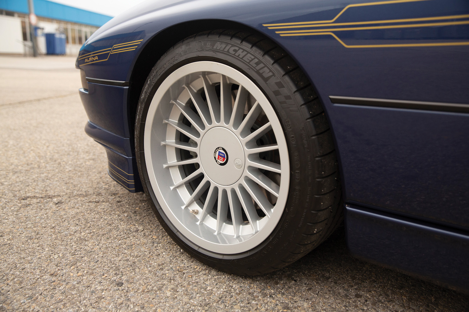 1993 BMW Alpina B12 5.7 Coupe front wheel