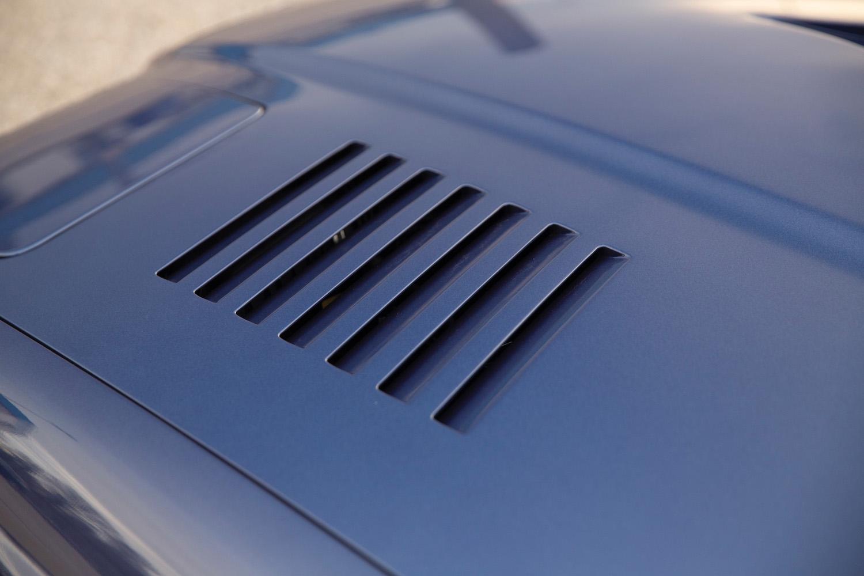 1993 BMW Alpina B12 5.7 Coupe hood vent