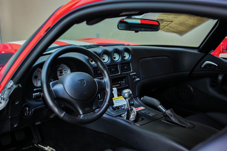 2002 Dodge Viper GTS ACR Final Edition interior