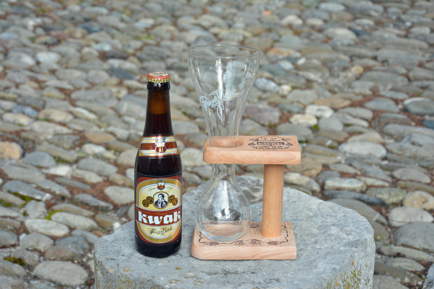 kwak drink and empty glass