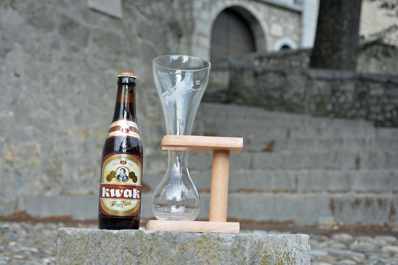 kwak drink with empty glass