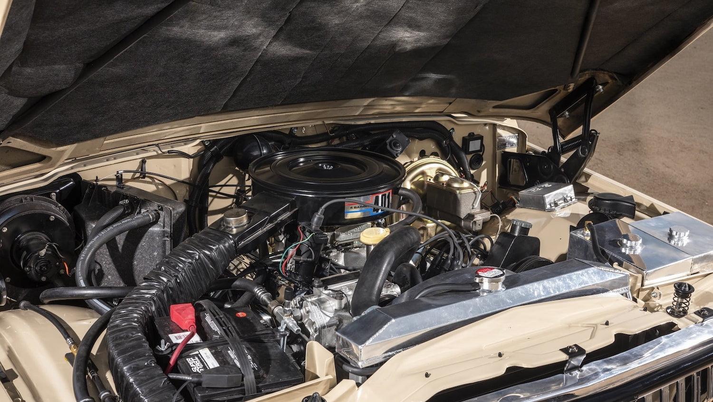 1978 Jeep J10 Truck engine bay