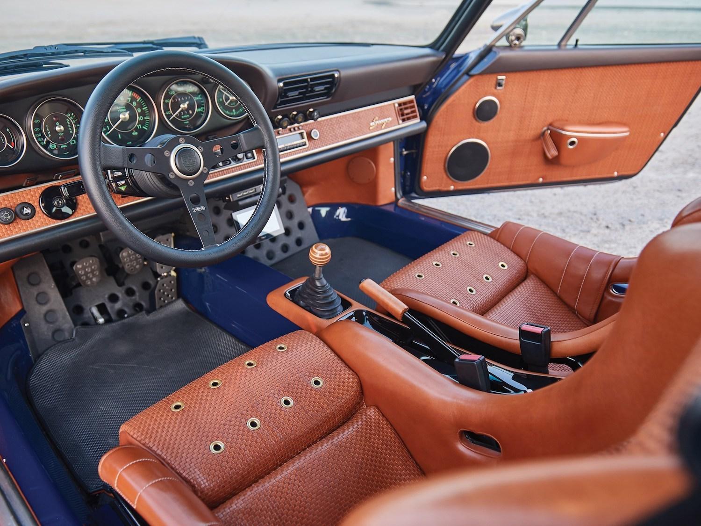 1993 Porsche 911 Reimagined by Singer interior
