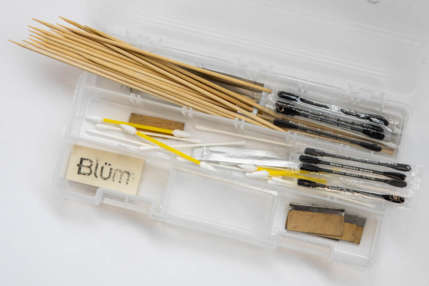 Bamboo sticks and cotton swabs