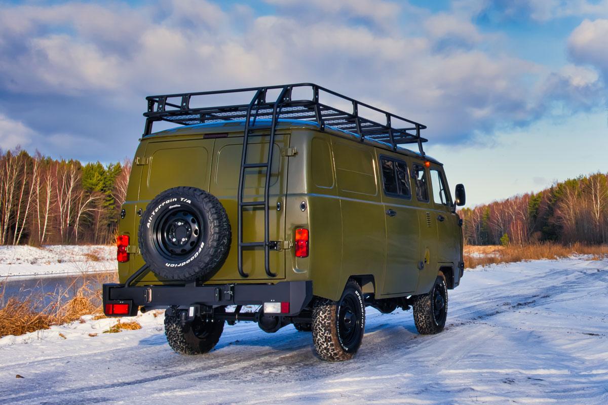 UAZ SGR Expedition rear three-quarter