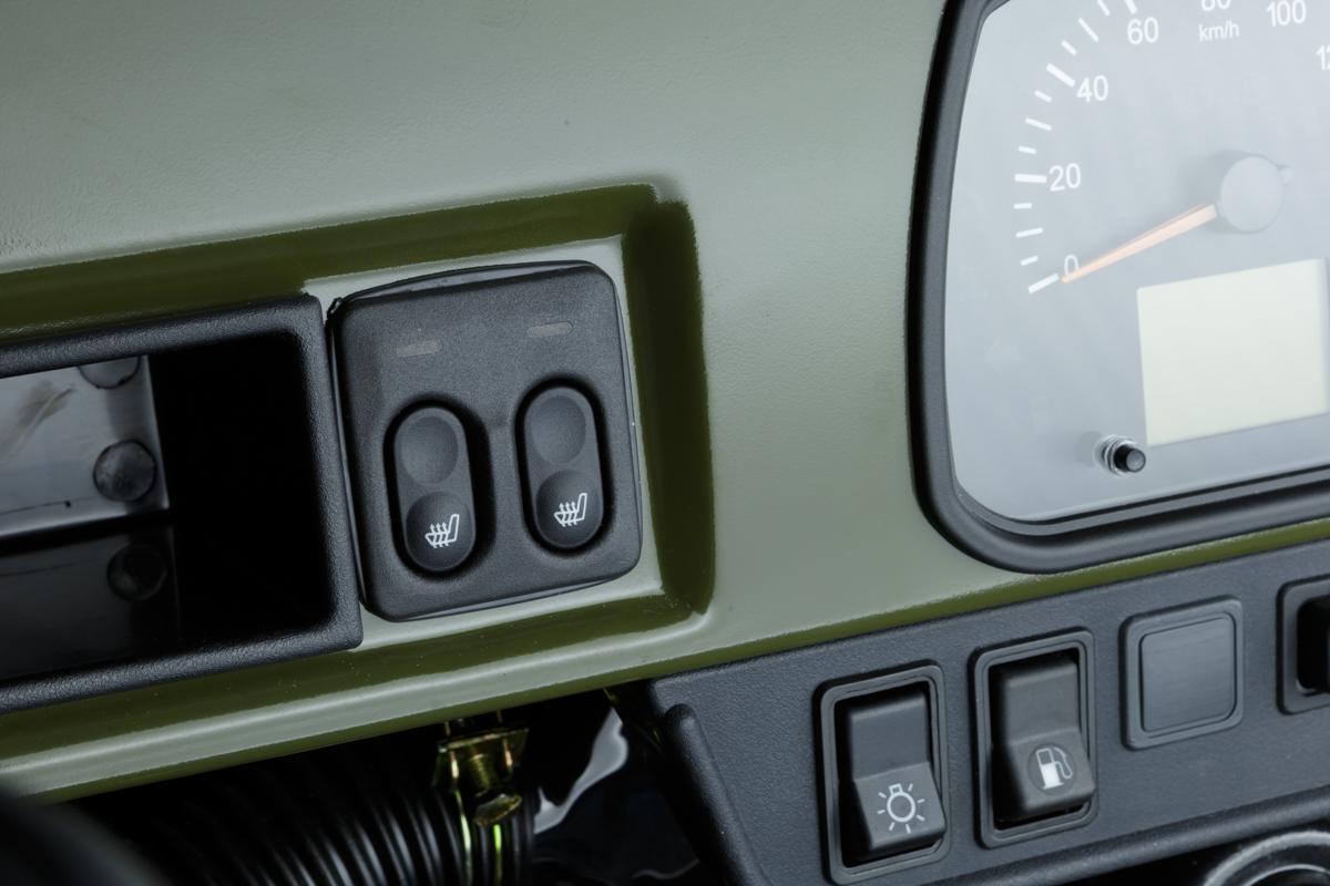 UAZ SGR Expedition dash components closeup