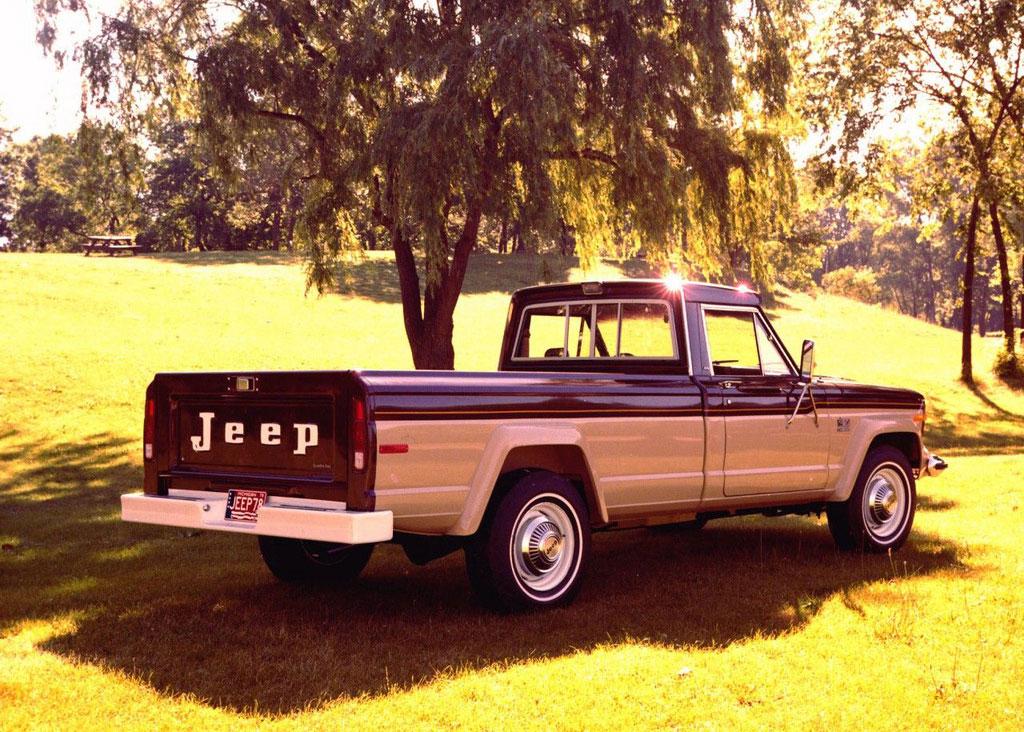 1974 Jeep J-20