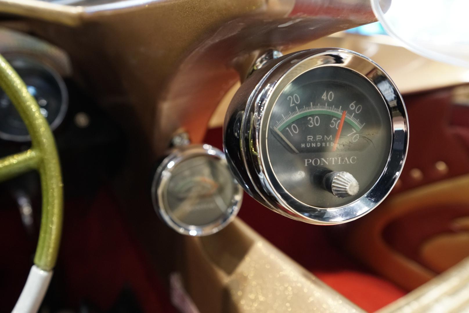 custom car gauges