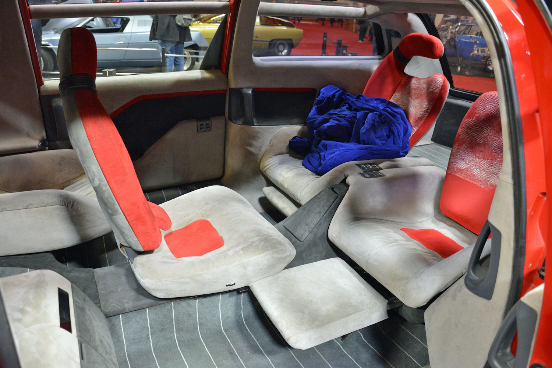 1988 Lamborghini Genesis interior seating