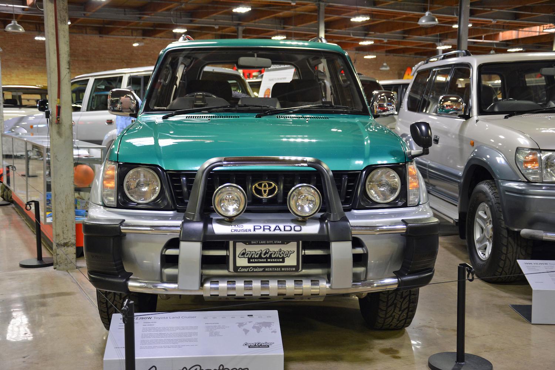 1996 Toyota VZJ90W front