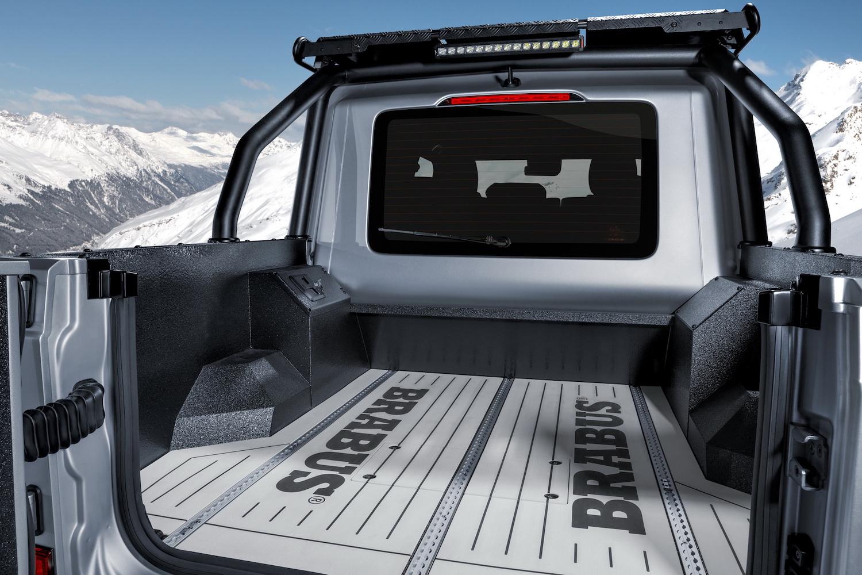 Brabus 800 Adventure XLP bed