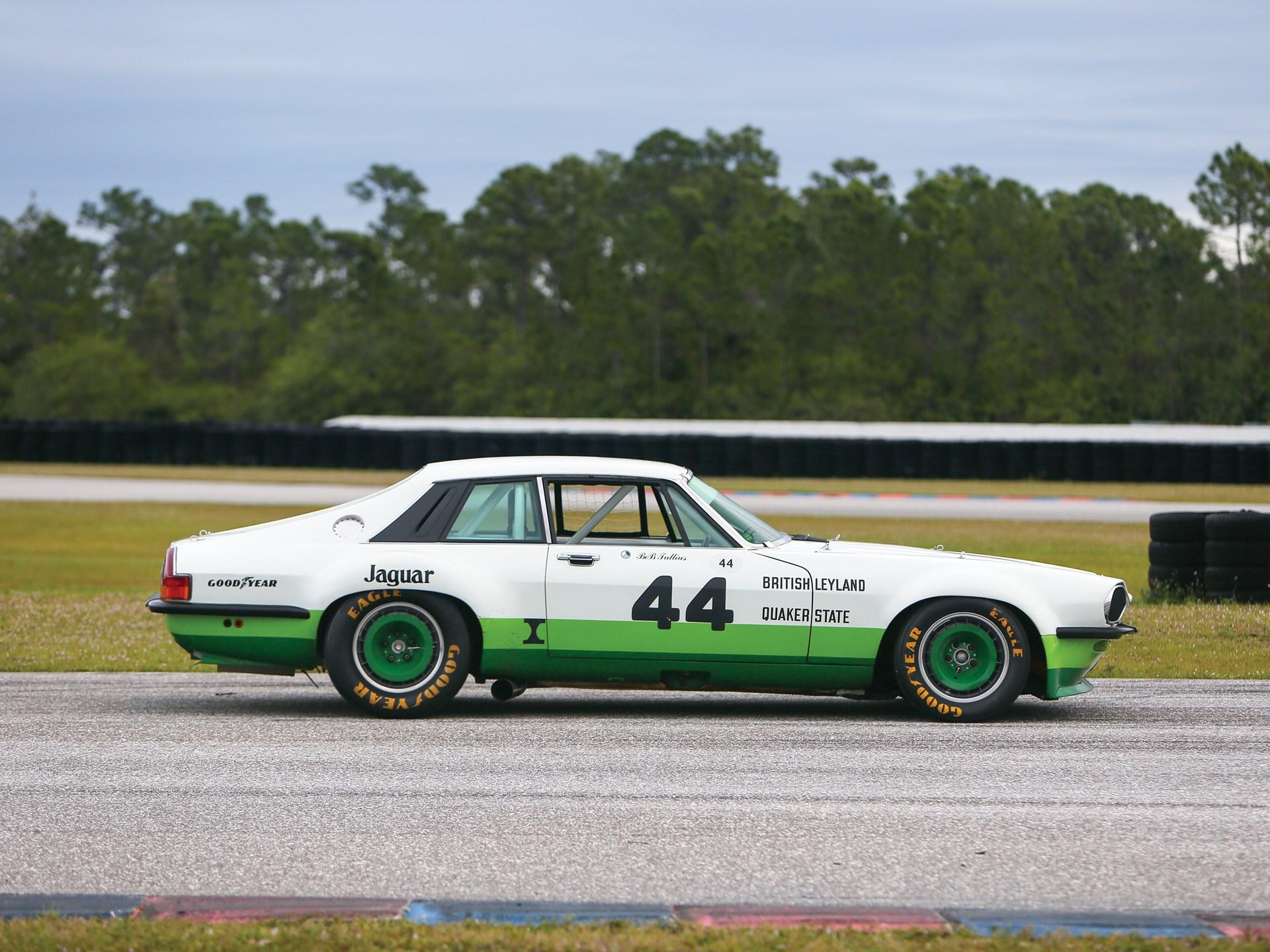 vintage racing jaguar side-view