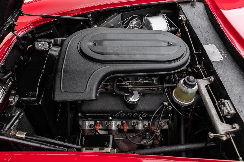 lancia flaminia engine
