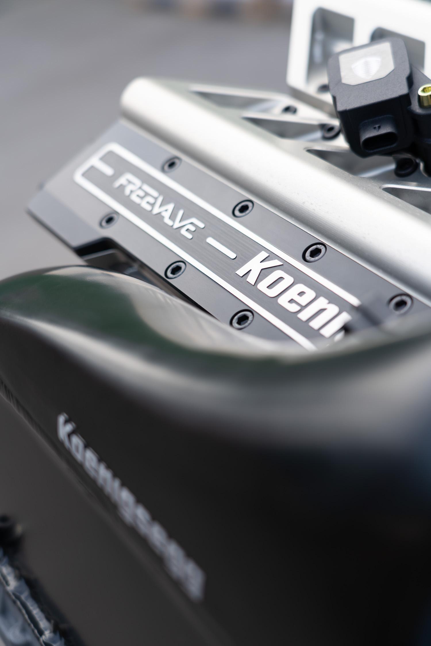 Koenigsegg engine cover closeup