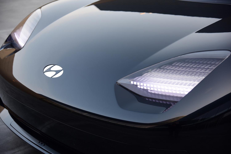 Hyundai Prophecy Concept EV front closeup
