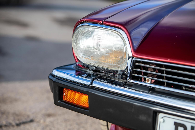 1986 Jaguar XJ-S TWR V12 HE 6.1-Litre Lynx Eventer Sports Estate headlight