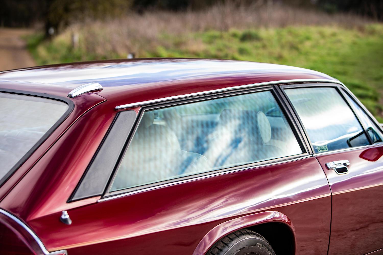 1986 Jaguar XJ-S TWR V12 HE 6.1-Litre Lynx Eventer Sports Estate windows