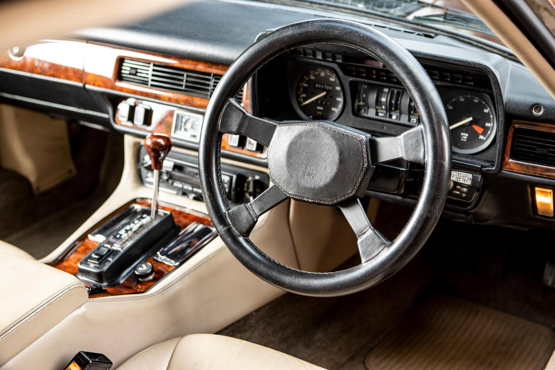 1986 Jaguar XJ-S TWR V12 HE 6.1-Litre Lynx Eventer Sports Estate front