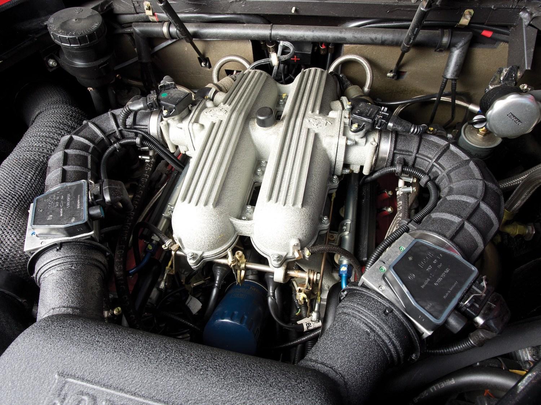 classic ferrari supercar engine
