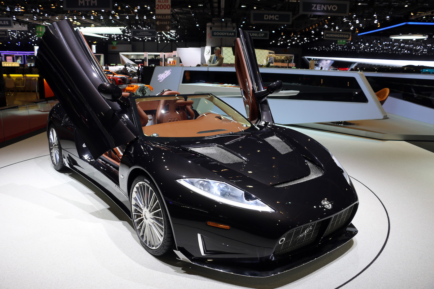 spyker roadster front three-quarter