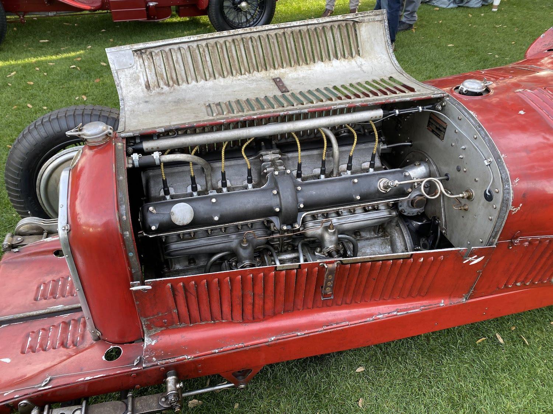alfa romeo race car engine