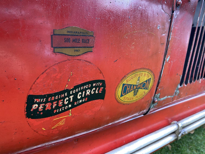 alfa romeo p3 vintage race car sponsor decal paintwork closeup