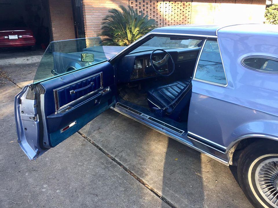 1979 Lincoln Continental Mark V open door interior