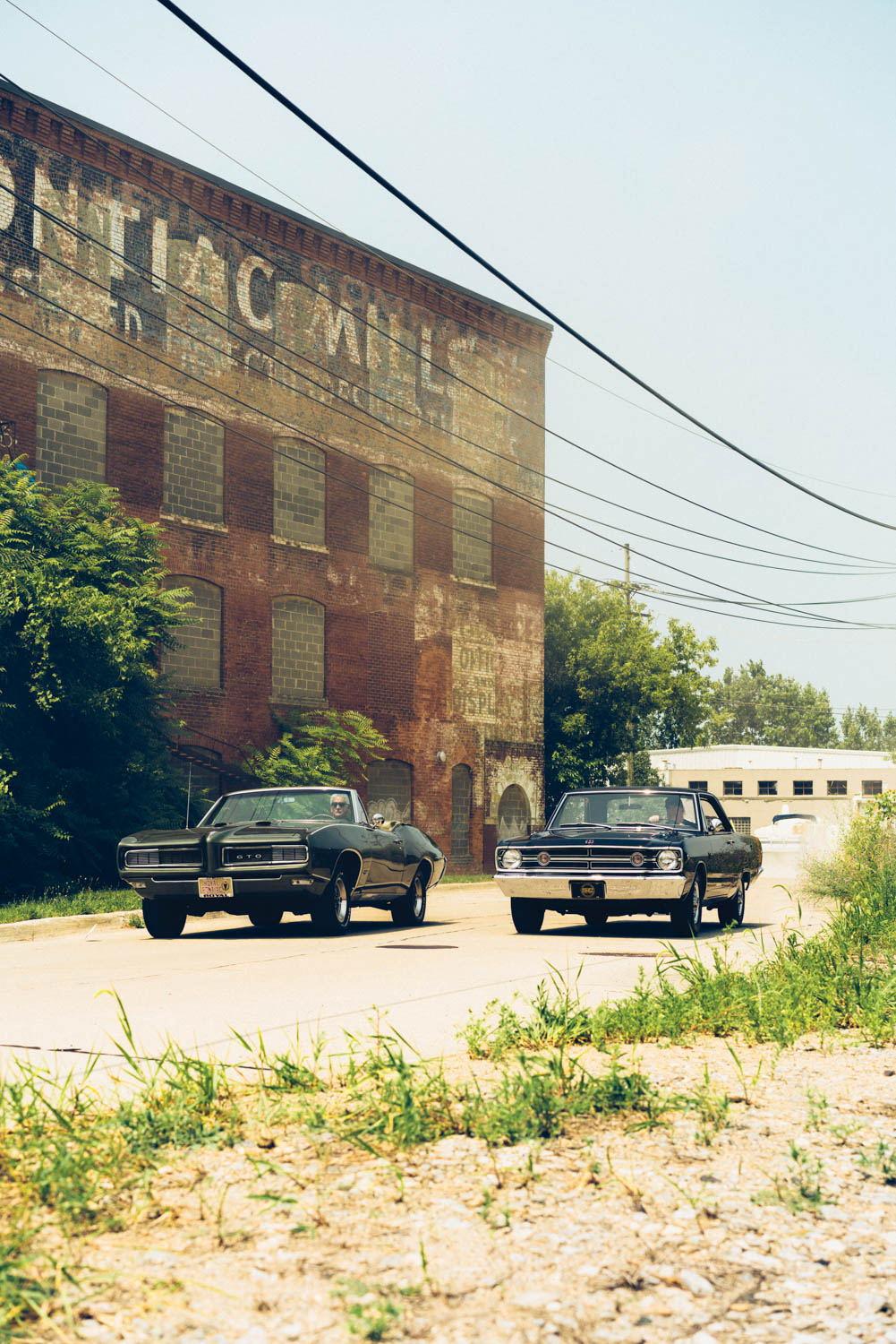 The Royal GTO and the Dart GSS are ambassadors of a bygone era. It's not difficult to imagine the duo squaring off at a Woodward Avenue stoplight a half-century ago.
